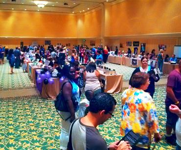 Authors and readers meet and greet.